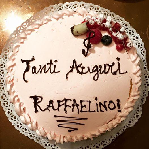 BURRACO BIRTHDAY PARTY Per i 32 anni di Raffaele Serinelli (Milano, venerdì 16 ottobre 2015).